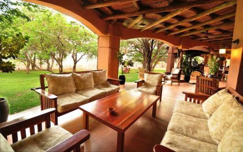 Chobe Chilwero Lodge Pic 3 (1)
